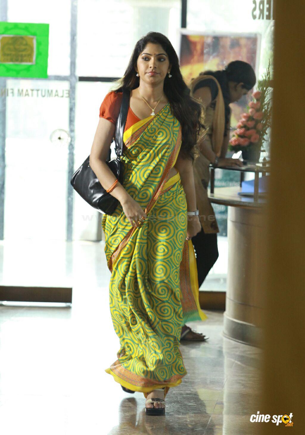 Aunty Pundai Photo Tamilaunty Hd Images - Celebrity Trends -8213