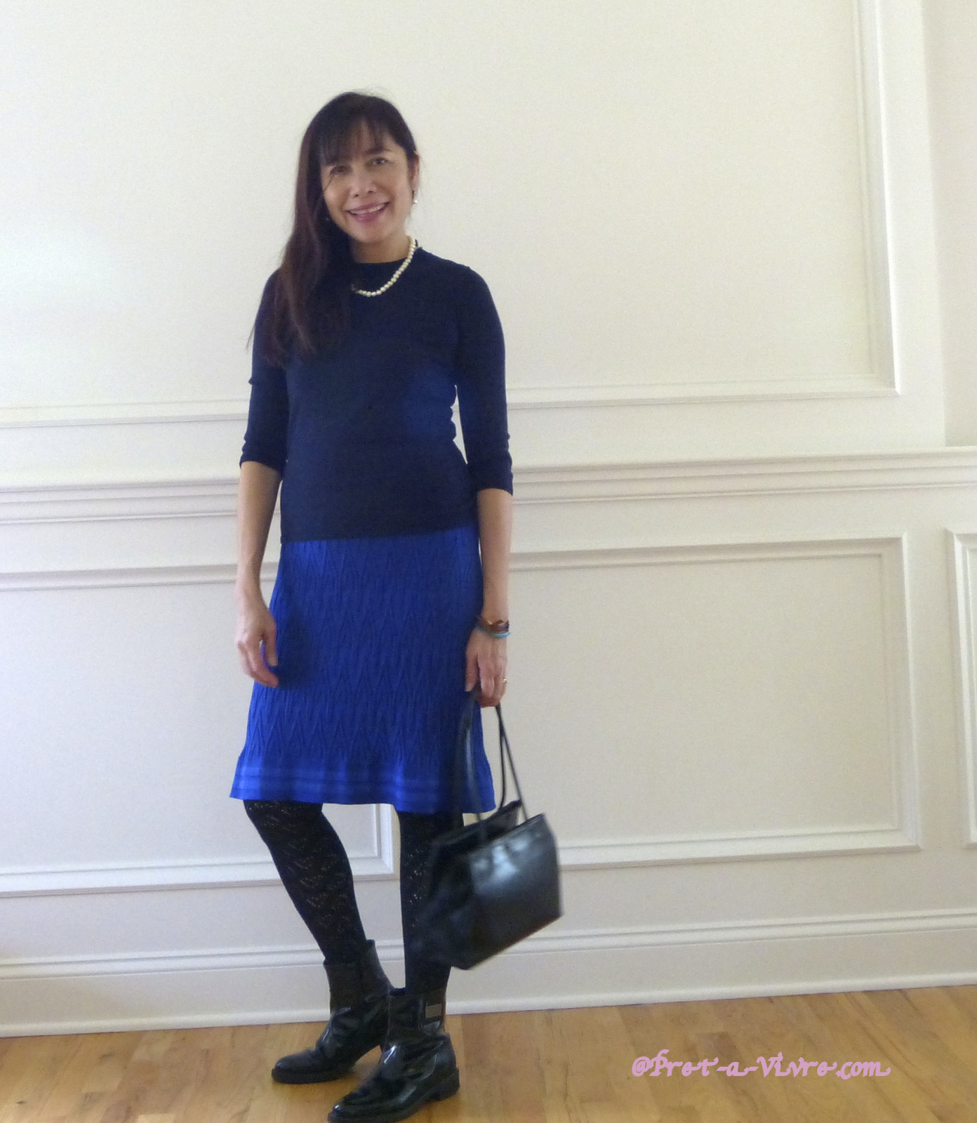 What to wear with a royal blue dress | Prêt-à-Vivre [Ready to ...