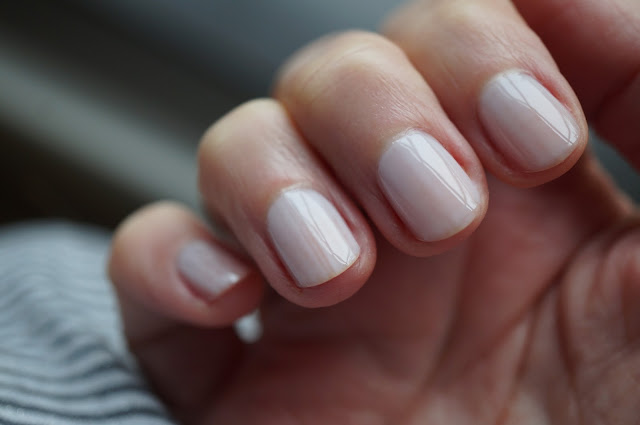 Essie 'hubby for dessert'