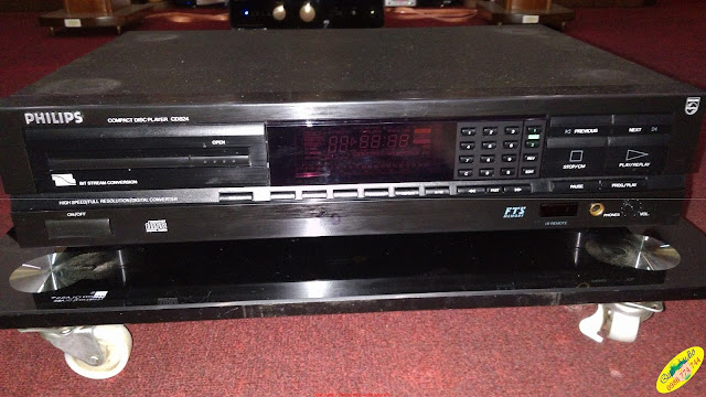 Đầu CD Player Philips 824 - Made in Belgium (Bỉ)