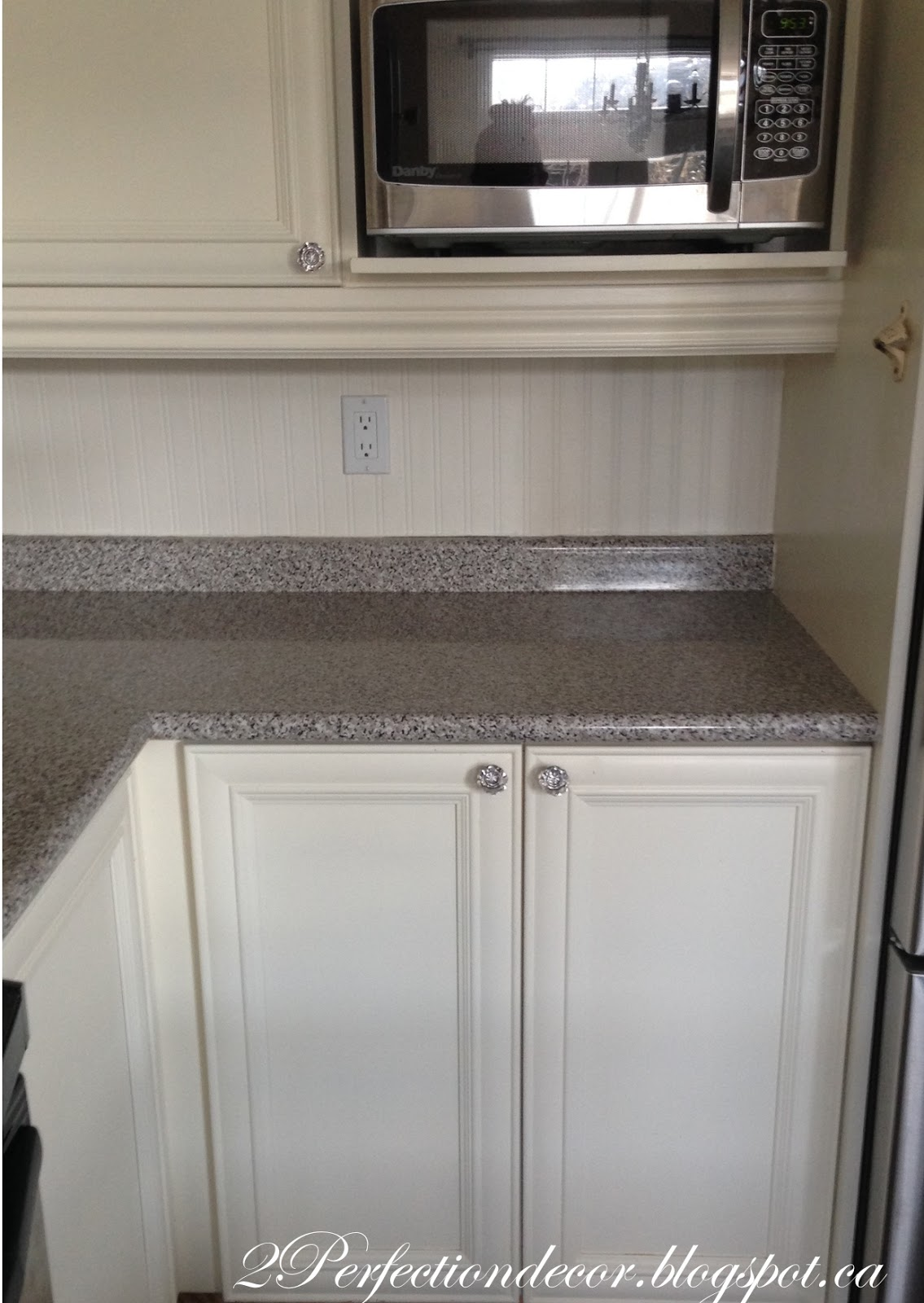 ... Granite Is The Most Whitish Granite Pictured In The Middle Right. Below  Is A Picture Of Our BEFORE Counter. It Was A Faux Granite Laminate Counter  Top.