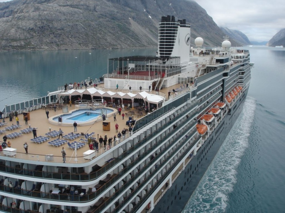 32 Cruise Ships with 2015 Perfect Health Inspection Scores
