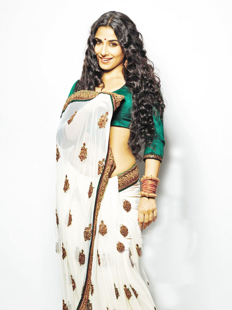 Vidya Balan Hot Pics In Dirty Picture-3551