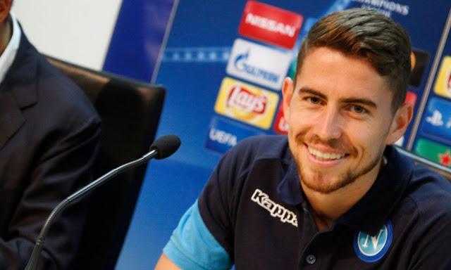 Người đại diện của sao Napoli lên tiếng nhắc khéo Man United