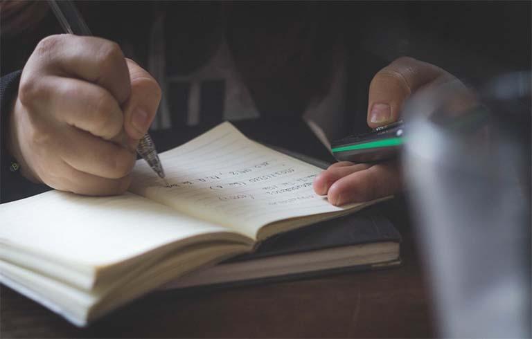 Dampak Buruk Akibat Memaksa Anak Belajar Dengan Tujuan Memperoleh Nilai Bagus