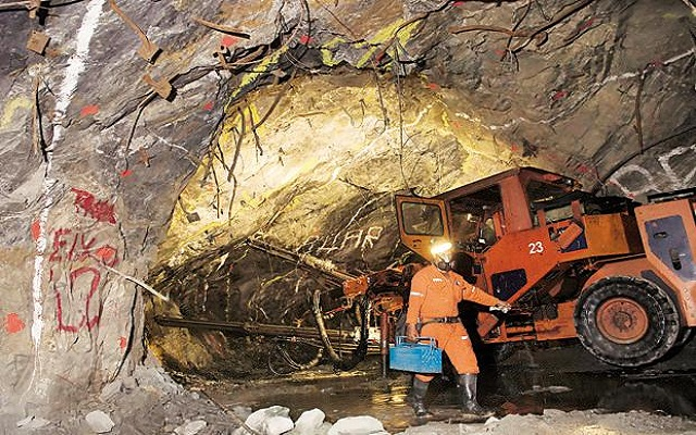 AngloGold Ashanti to shut down completely