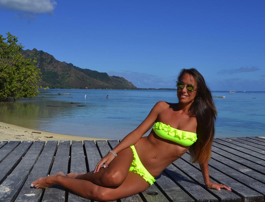 Mooreawith Love Beach Online part 2