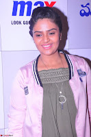 Sree Mukhi at Meet and Greet Session at Max Store, Banjara Hills, Hyderabad (44).JPG