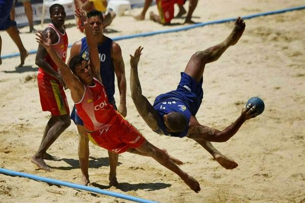 Recién en 2019 o 2020 se sabrá si el Beach Handball se convierte en deporte olímpico...¿Pero podría ser deporte de exhibición en Tokio 2020?