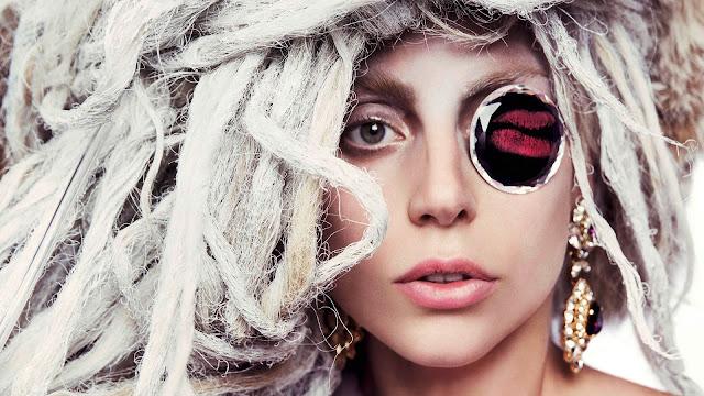 Lady Gaga vai cantar o hino nacional no Super Bowl