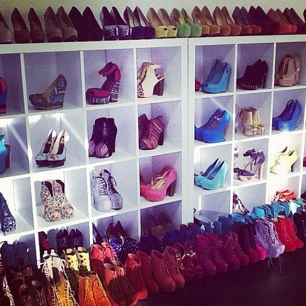 Ideas armarios para guardas tus zapatos de moda moda y - Armarios para zapatos ...