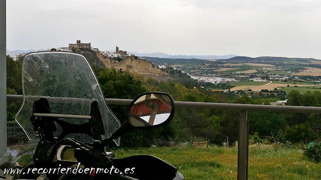 Castillo de Arcos de La Frontera, desde la gasolinera
