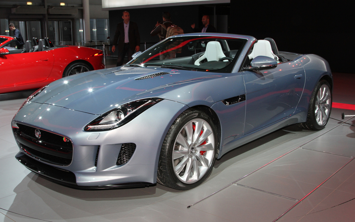 latest cars models 2014 jaguar f type. Black Bedroom Furniture Sets. Home Design Ideas