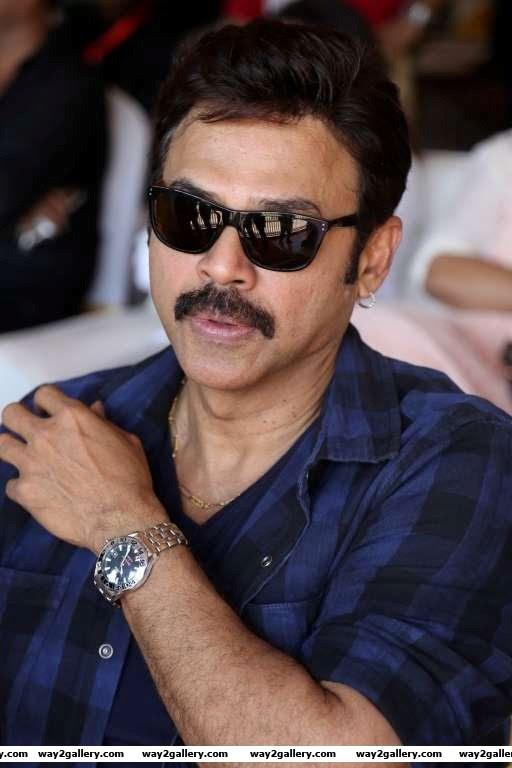Venkatesh was among the Telugu actors at the Natchathira cricket tournament