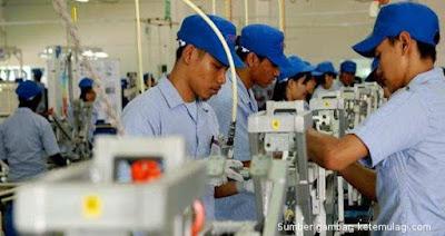 daftar-terbaru-ump-buruh-indonesia