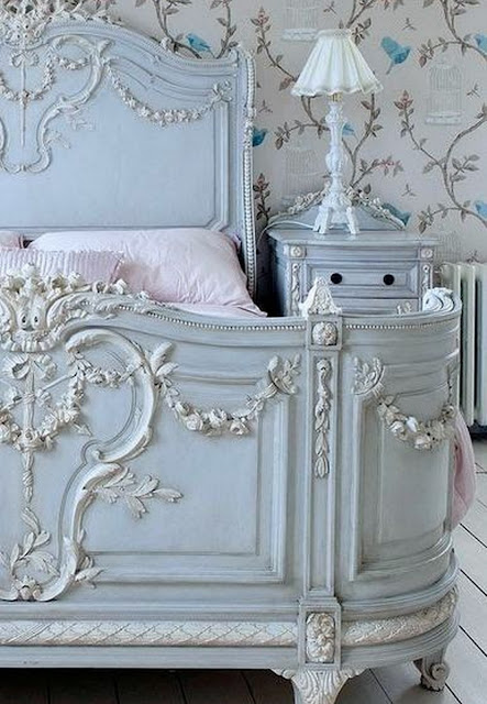 Luxurious Rococo Style Bed Design - Pale Blue