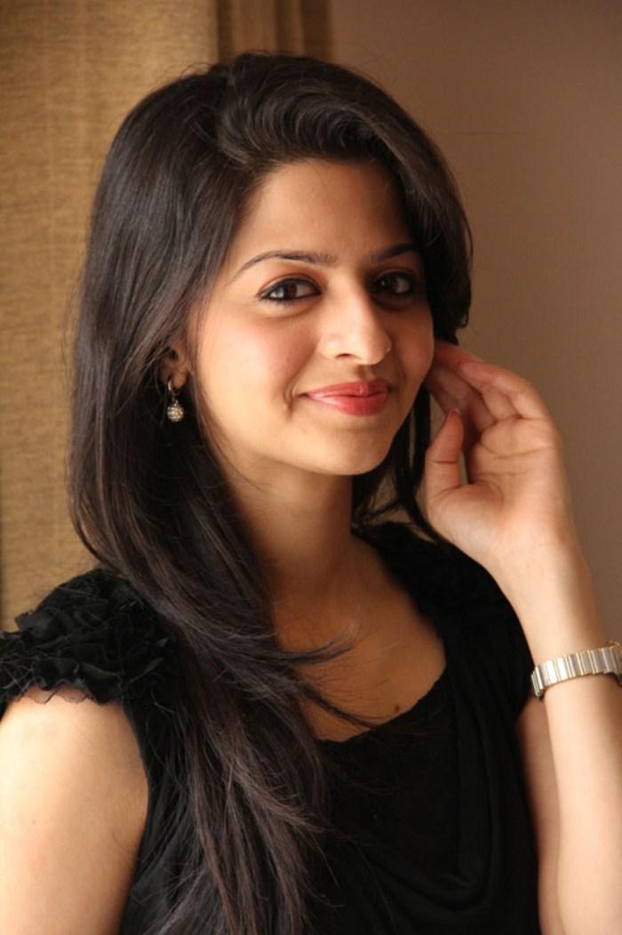 Beautiful Malayalam Girl Vedhika Stills In Black Dress
