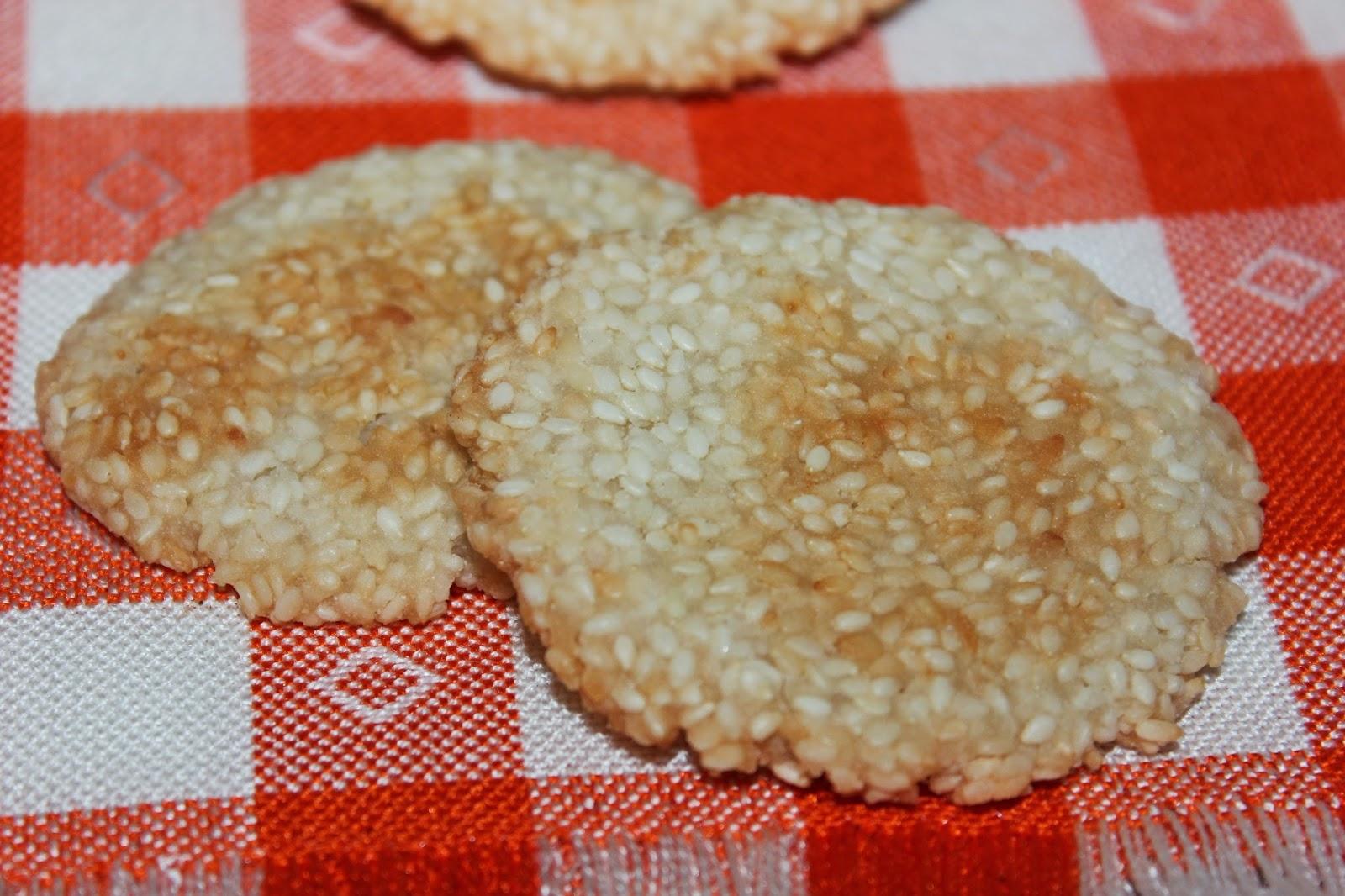 Диетическое печенье с кунжутом без яиц