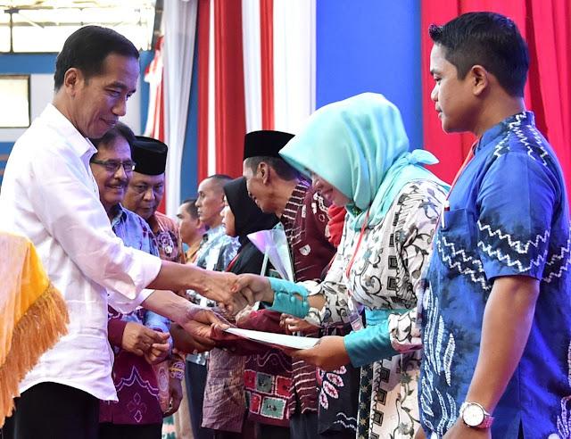 Jokowi: Program Sertifikat Tanah Bermanfaat Bagi Rakyat