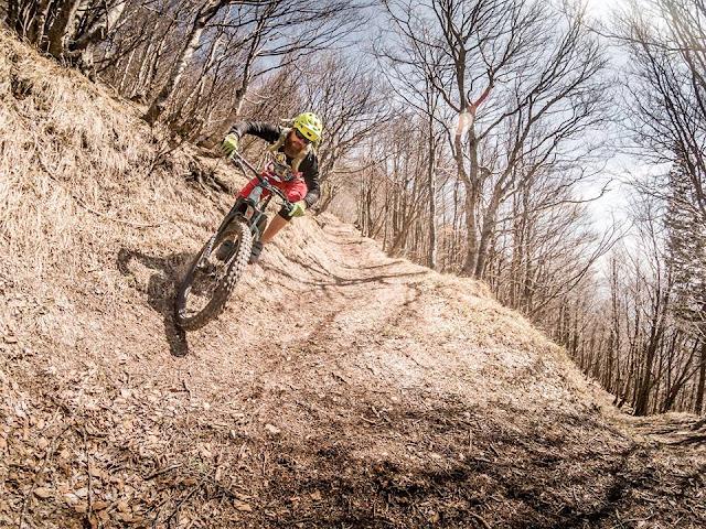 Abfahrt Downhill Monte Vualt
