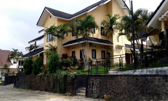 Villa Rose Kota Batu Dengan Kolam Renang
