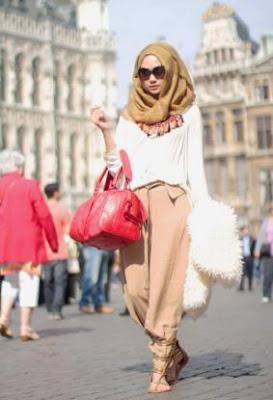 contoh busana muslim wanita modern