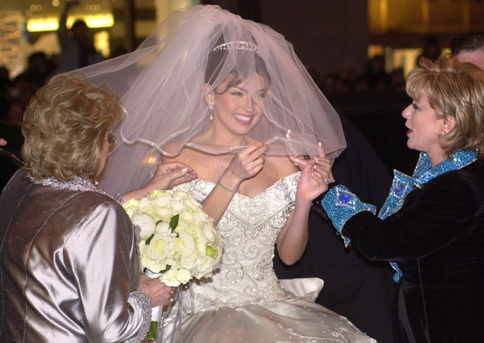 Superstar Thalía S December 2000 Nyc Wedding To Recording Impresario And Mariah Carey Ex Tommy Mottola Remains The Gold Standard For Over Top