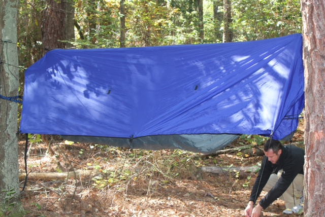 The lay of the hammock is great an almost flat lay similar to a bridge style hammock (thanks to the suspension and Easton poles). & Black Scout Survival: Crazy Creek Products: Crazy Crib LEX w/ Tarp