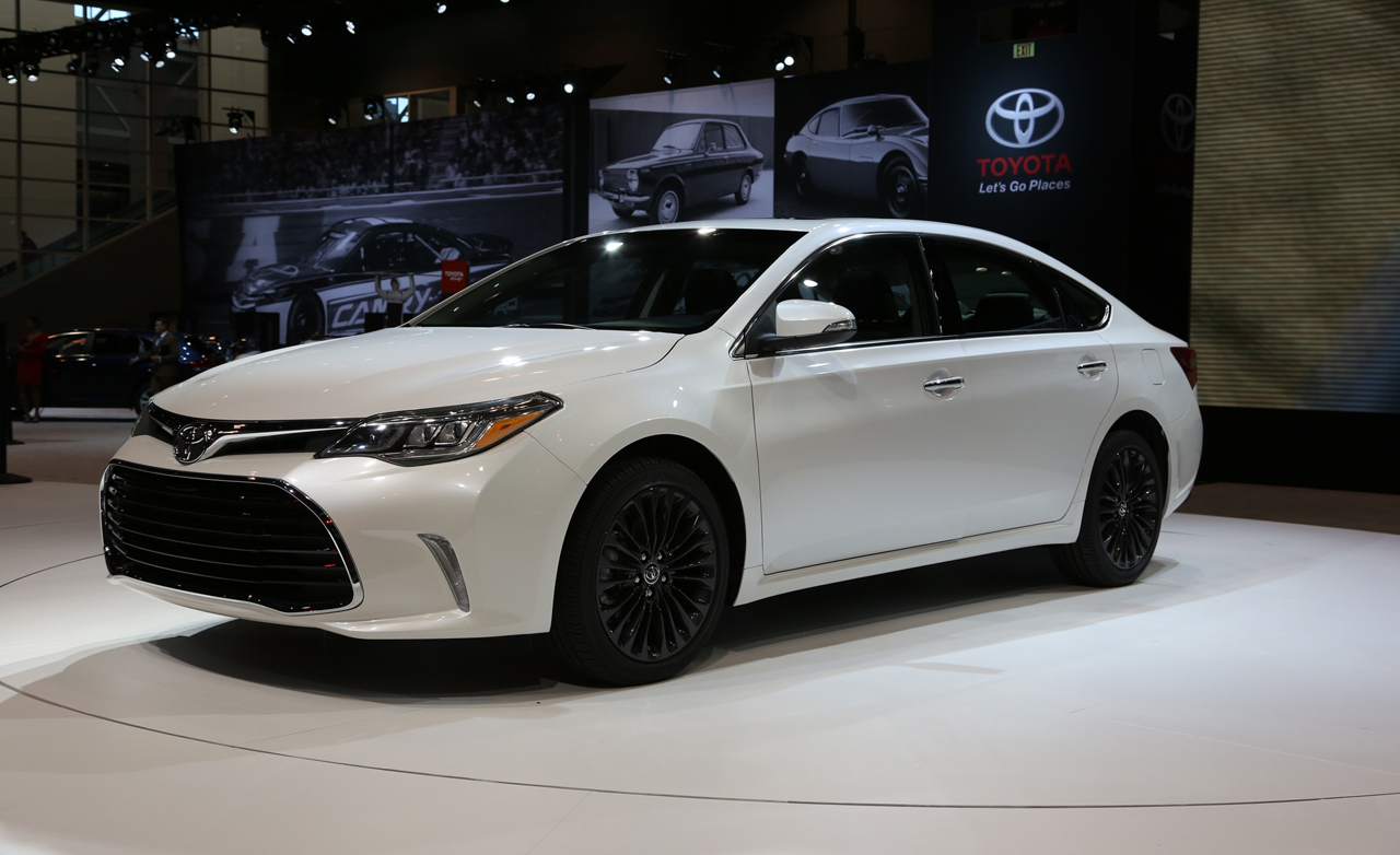 2016 toyota avalon debuts review cars toyota review. Black Bedroom Furniture Sets. Home Design Ideas