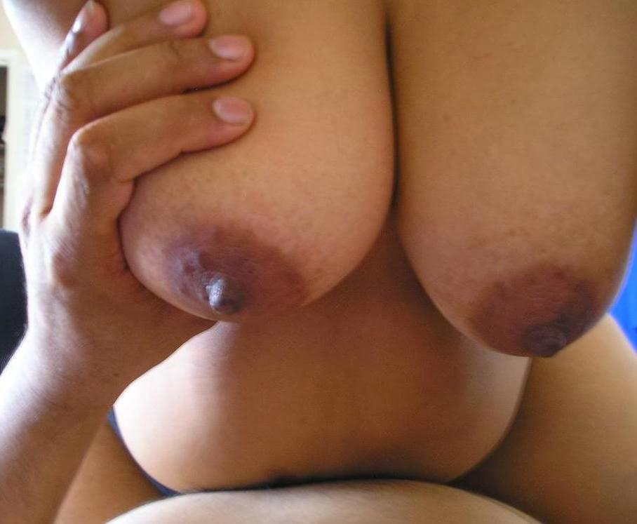 Indian Aunty Breast-9076