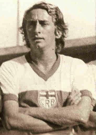O camisa 10 e eterno Roberto Menezes