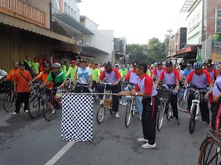Sepeda santai dalam rangka milad muhammadiyah ke 107