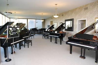 Bật mí kinh nghiệm mua piano điện đã qua sử dụng