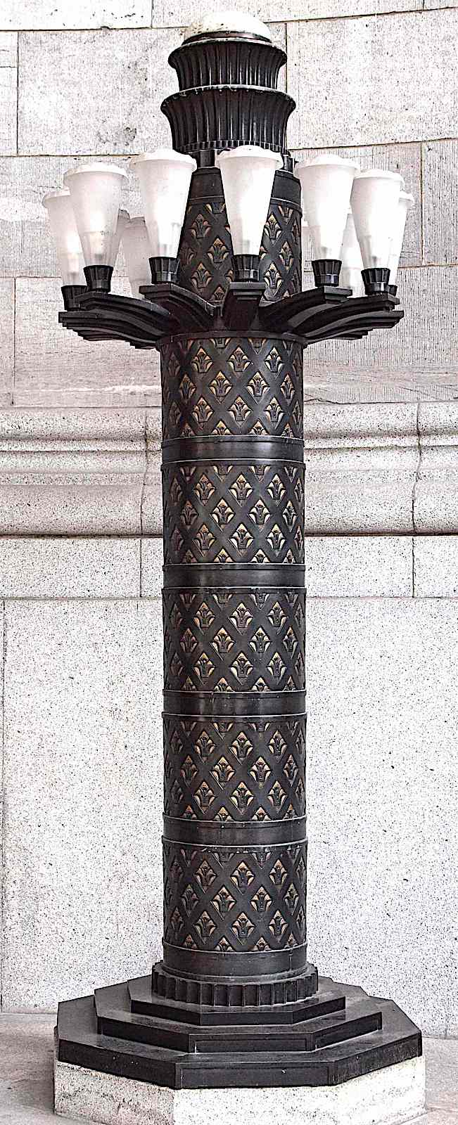 a color photograph of an Edgar Brandt electric light post