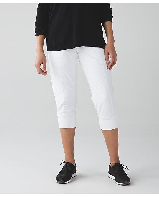 lululemon  white-in-flux-crop