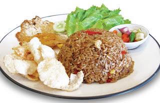 Nasi goreng memang begitu terkenal dan aneka macam jenis dan variasinya di Indonesia Resep Sederhana Membuat Nasi Goreng Kecap Pedas