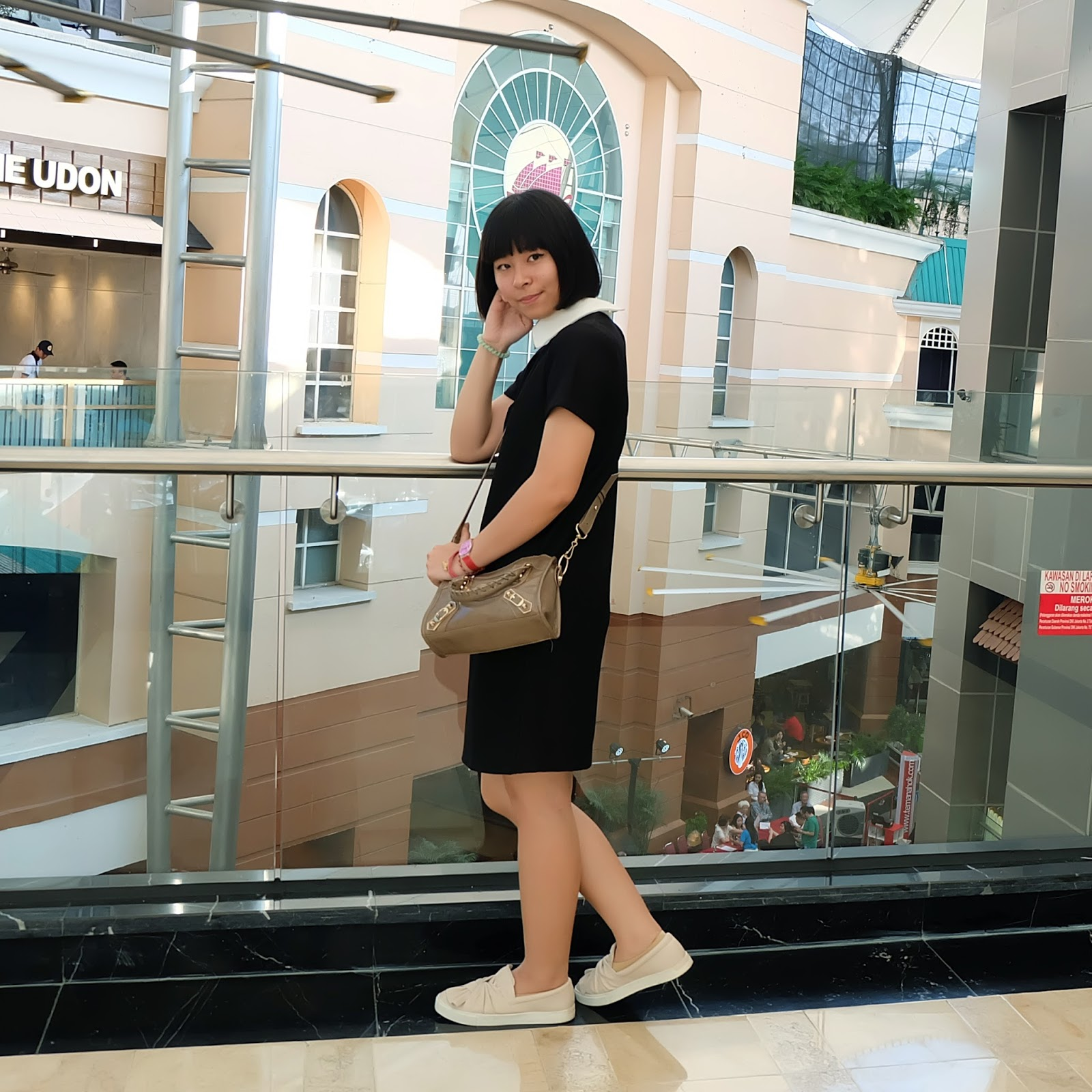 black collar dress outfit | japobsganbare.blogspot.com