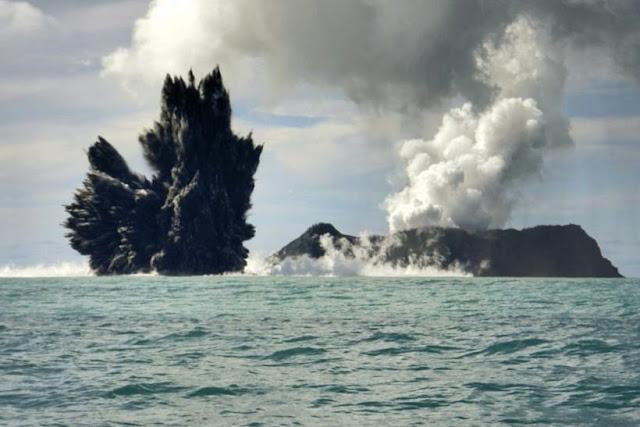 volcán Kick 'em Jenny en el sureste del Caribe