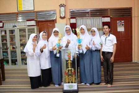 Dua Tim Dari SMKN 1 Palembang Raih Juara Umum Tingkat Sumbagsel