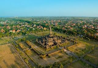 http://www.teluklove.com/2017/01/daya-tarik-objek-wisata-monumen-belanda.html