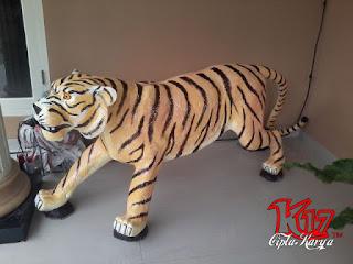 Patung Harimau Jawa (Javan Tiger)
