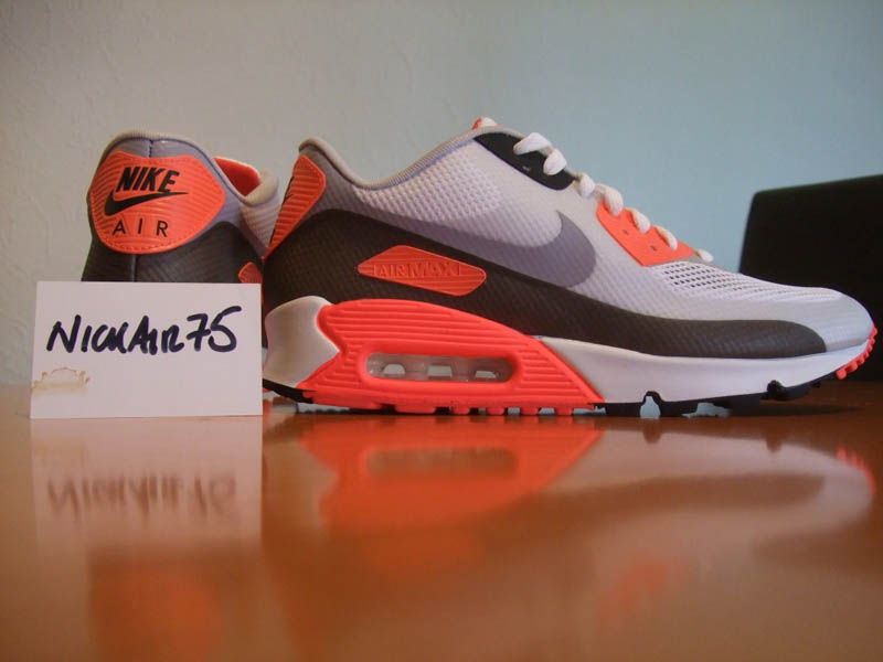 3b32c8dce61 THE SNEAKER ADDICT: 2011 Nike Air Max 90 Hyperfuse CT BBQ