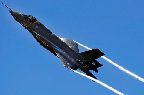 إسرائيل تقتني 17 طائرة من طراز F35 الأمريكية