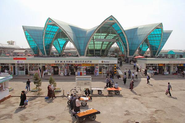 Ouzbékistan, Andijan, marché couvert Eski, © L. Gigout, 2012