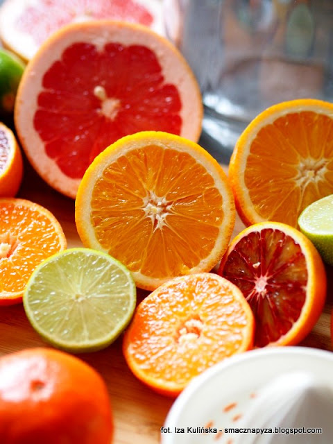 nalewka cytrusowa, owoce poludniowe, owoce cytrusowe, cytrusy, nalewki domowe, przetwory, sok owocowy, alkohol, wyroby domowe, likier owocowy