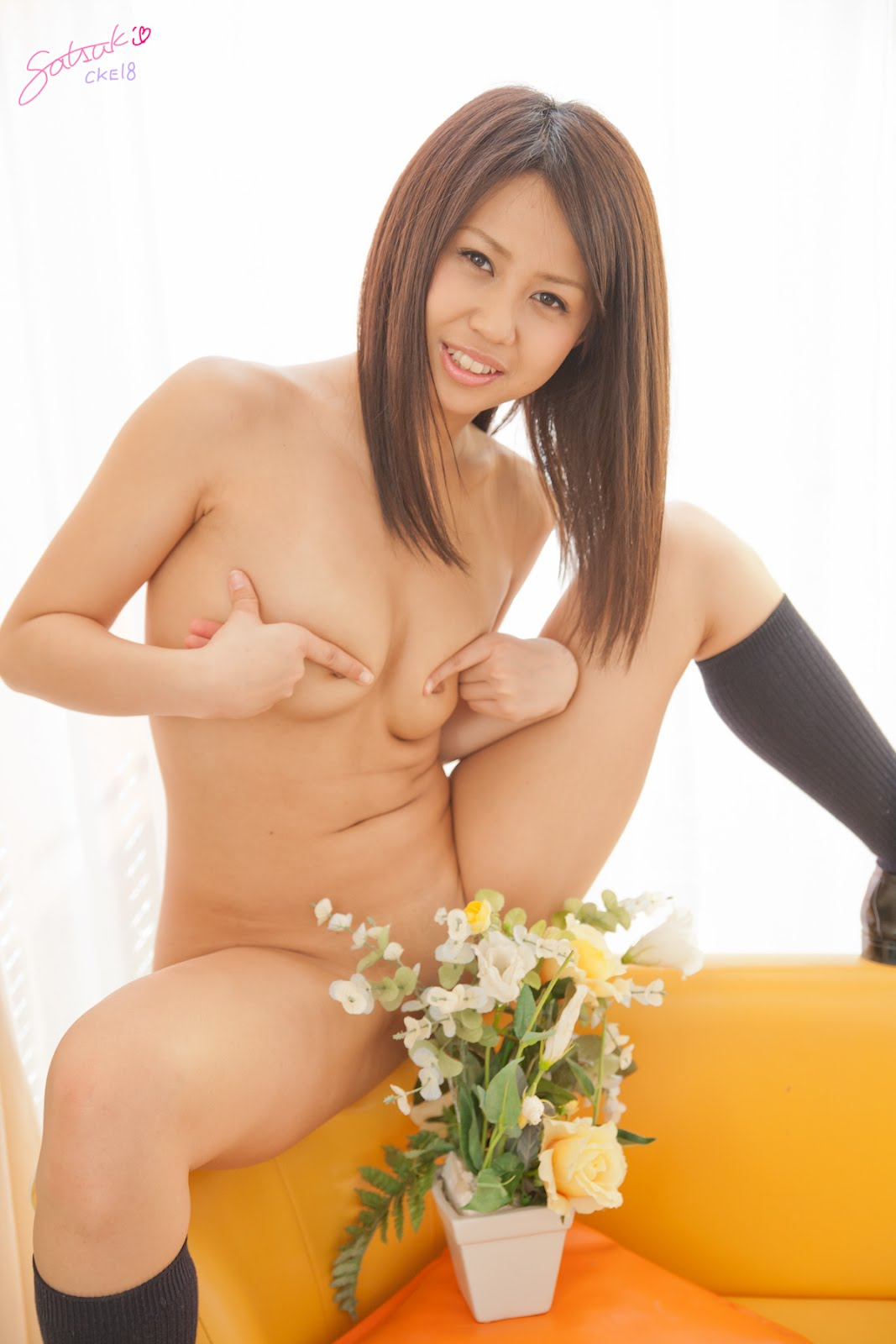 Nude Asian Teen Gallery