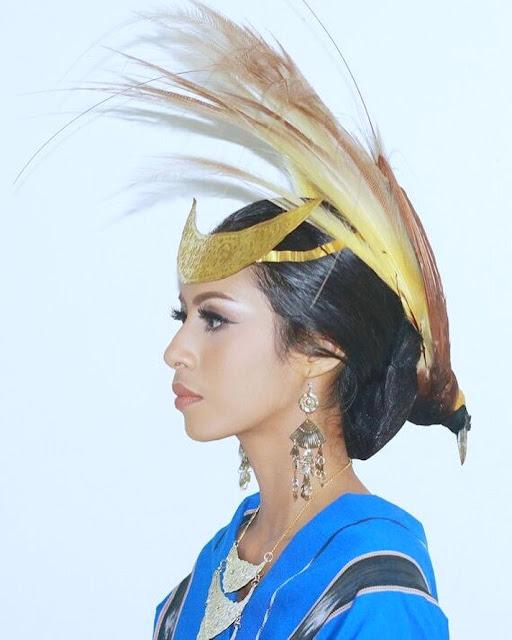 pakaian adat perempuan tanimbar