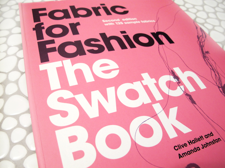oonaballoona | laurence king review | the swatch book