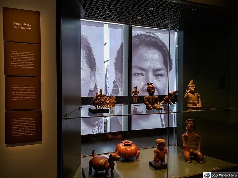 Exposição no Museu Chileno de Arte-Colombiana - O que fazer em Santiago