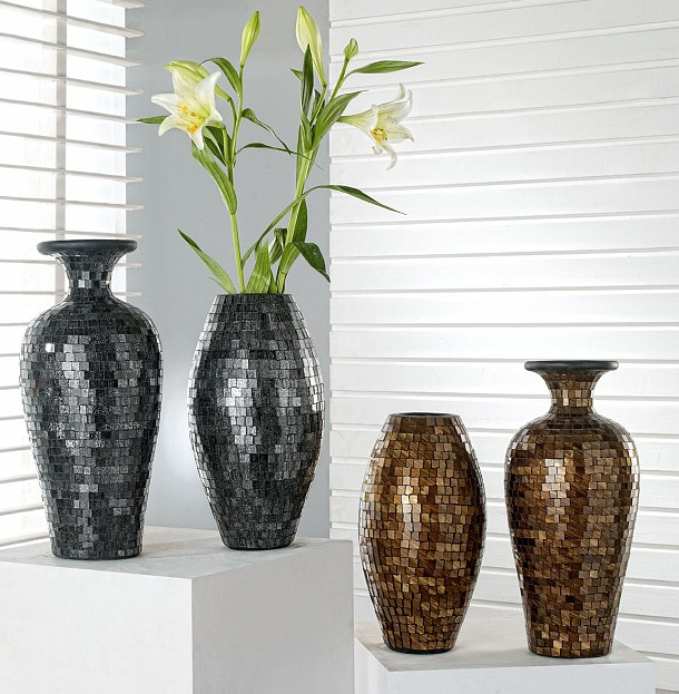 Decorations With Vases 2